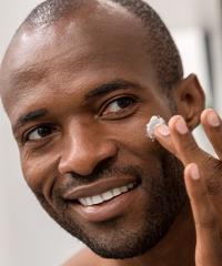 soins de la peau anti-âge pour les ridules et les rides du contour des yeux