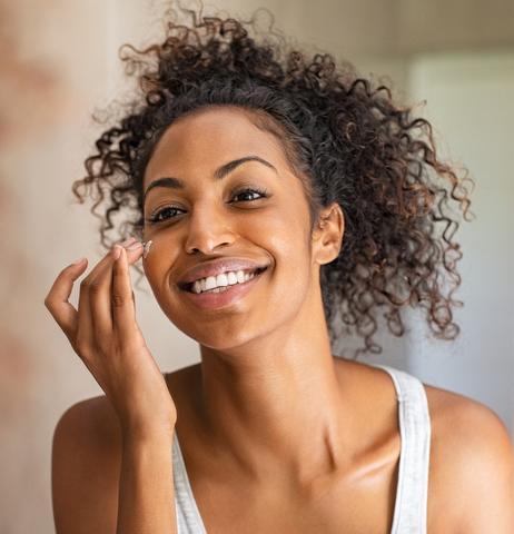 Obtenez une peau éclatante rapidement avec le bon acide glycolique
